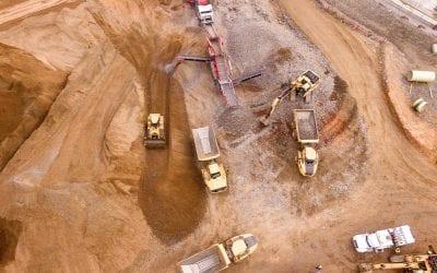 Alex Fischer explica el impuesto específico e invariabilidad tributaria en minería